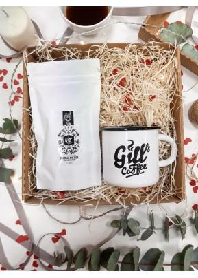 Valentýnský Gill's merch box – Guatemala v retro plecháčku pro ni